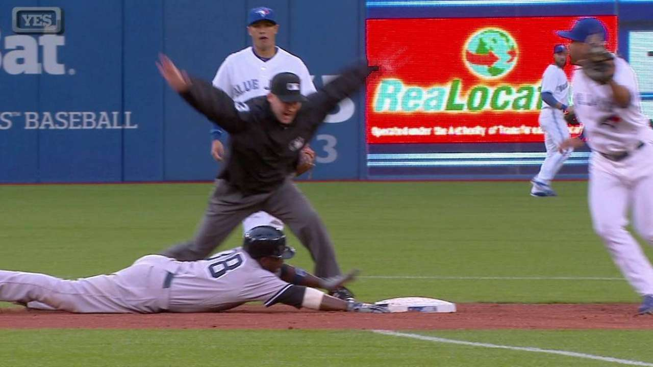 Pirela's first hit of the year