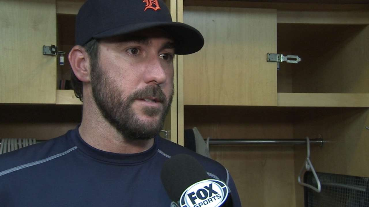 Verlander gets green light, starts throwing