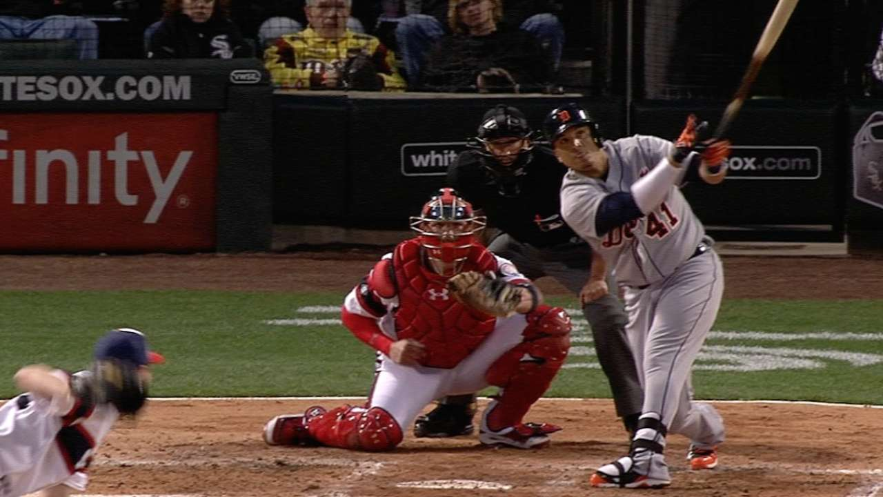 V-Mart plates 4, but Joba can't hold late lead
