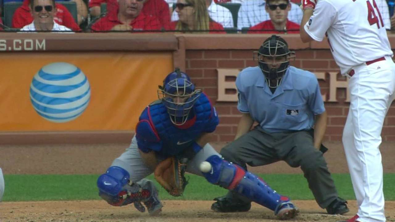 Heyward scores his third run