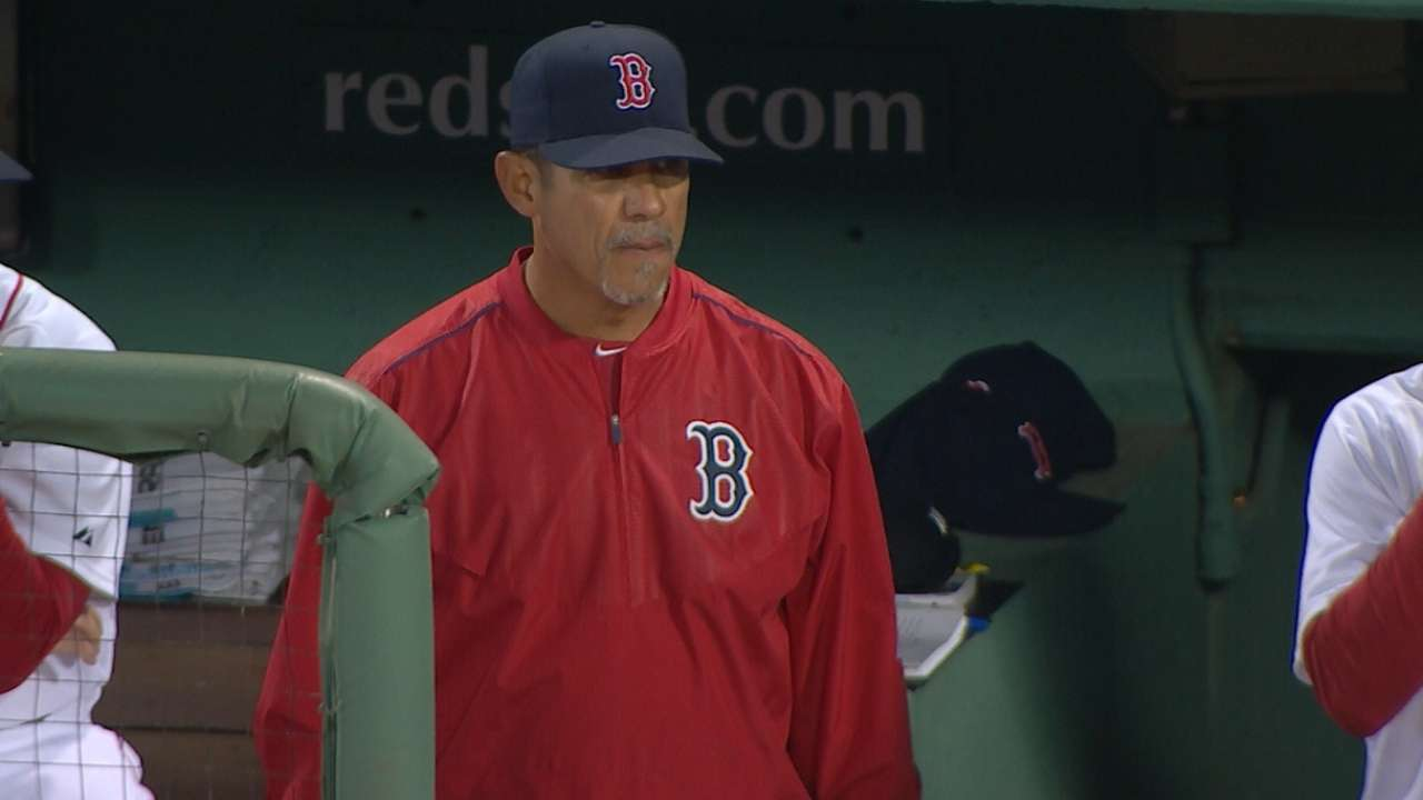 Red Sox dismiss pitching coach Nieves