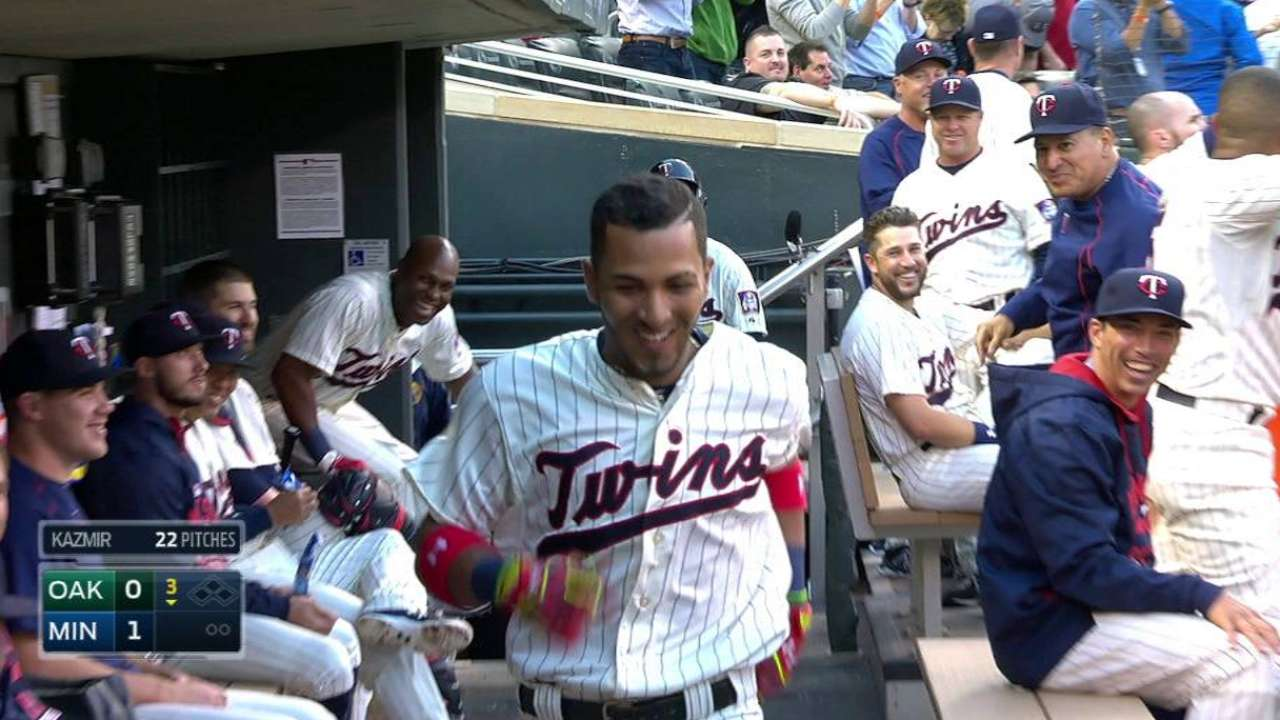 Rosario homers on first ML pitch