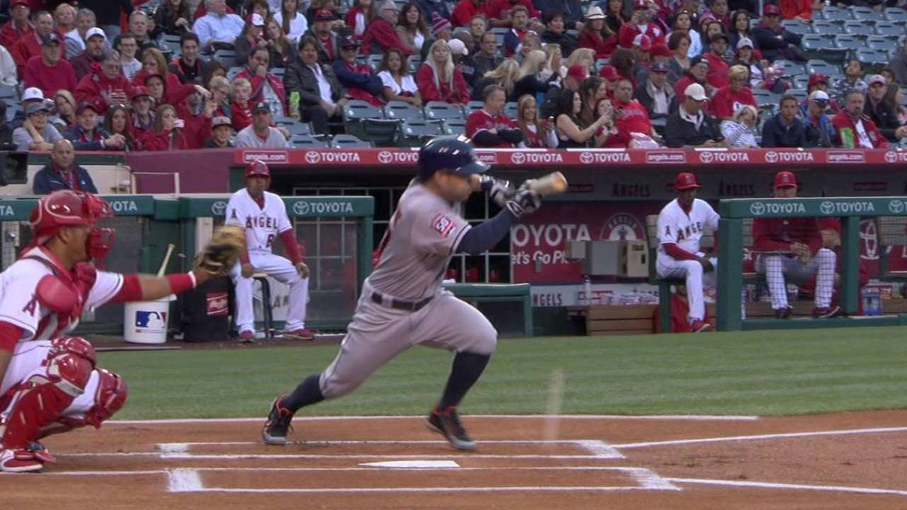 Astros offense suddenly disappears