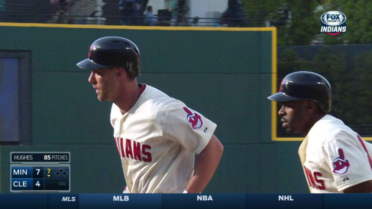 Murphy's pinch-hit two-run homer