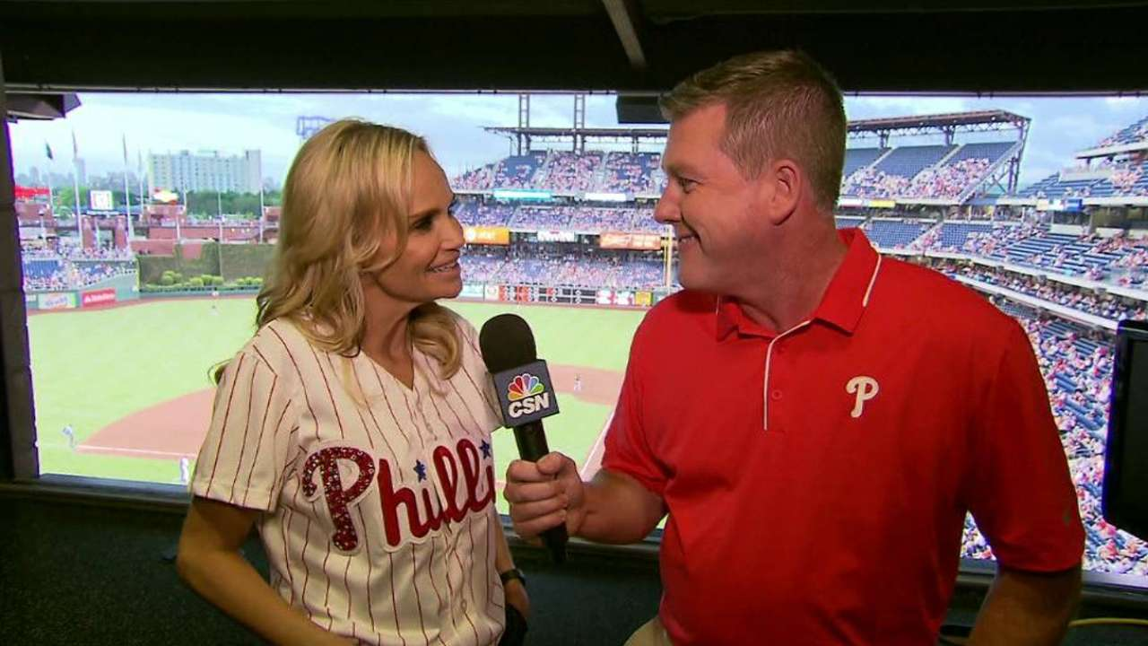 Chenoweth sings national anthem for Asthma Awareness Night
