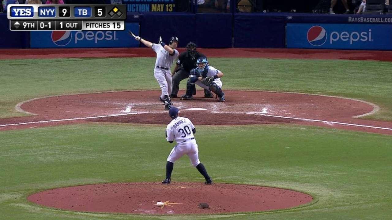 Teixeira's two-run homer