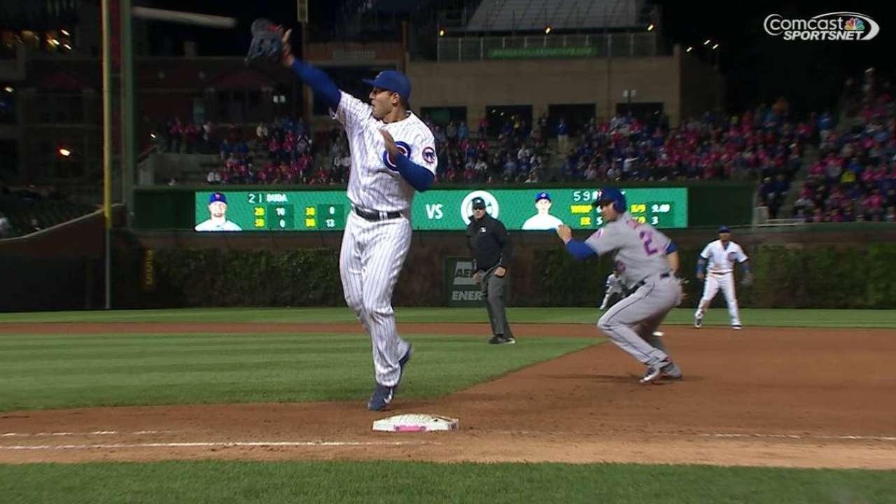 Rizzo turns huge double play