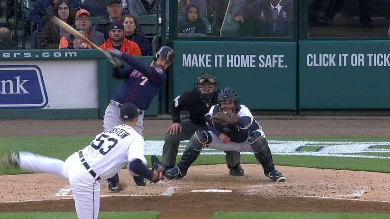 Mauer's bases-clearing triple