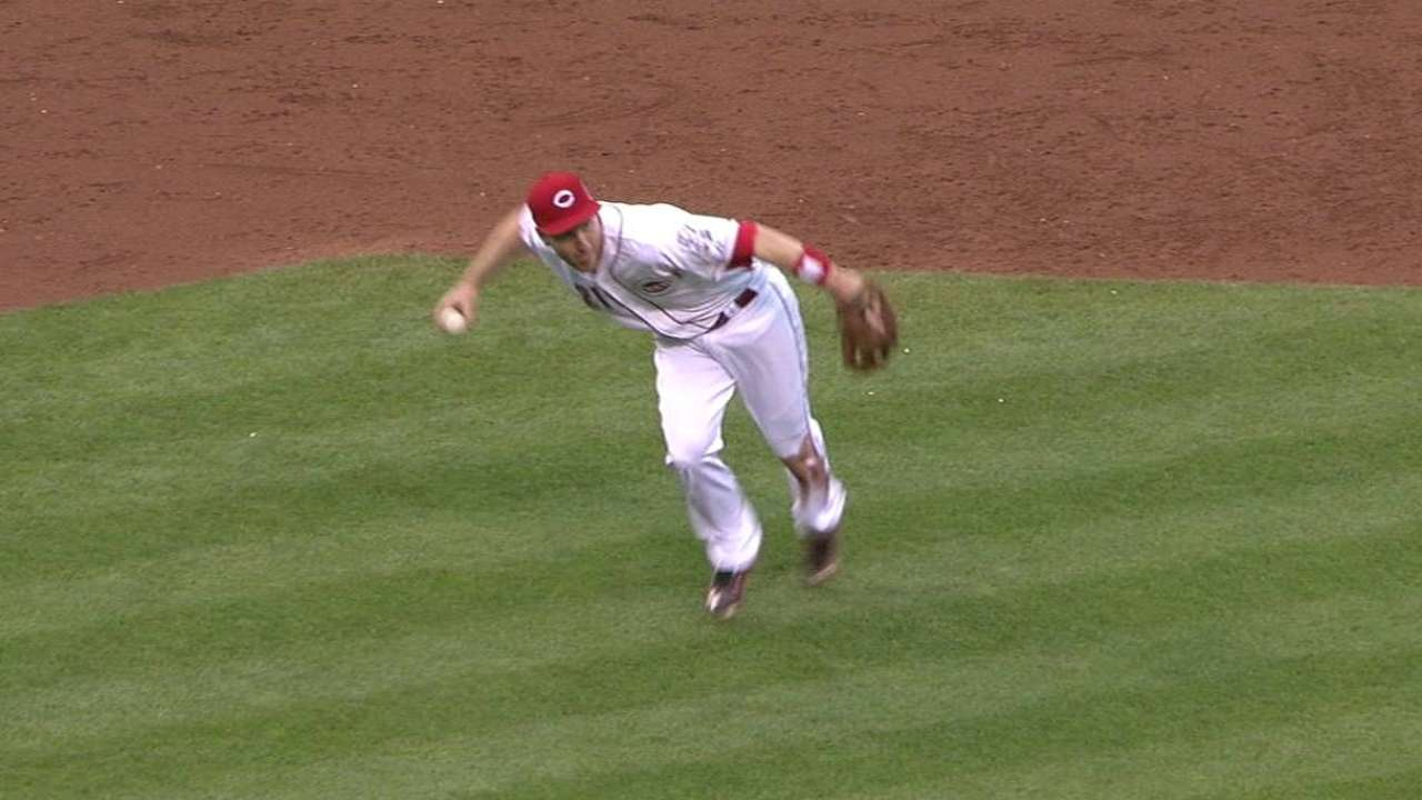 Frazier's barehanded play