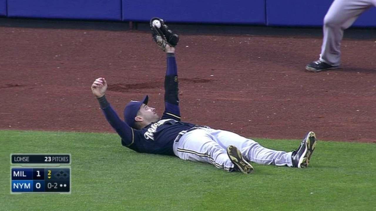 Braun's soaring catch