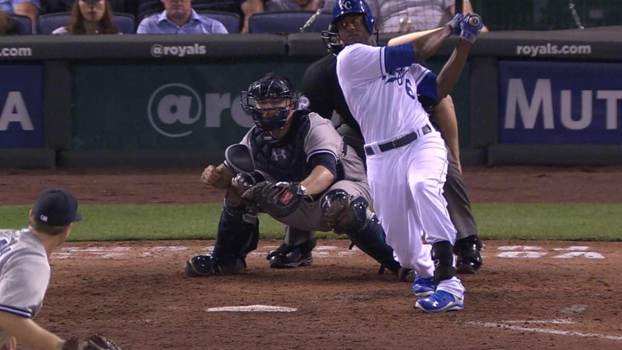 Cain, Moose power Royals past Yankees