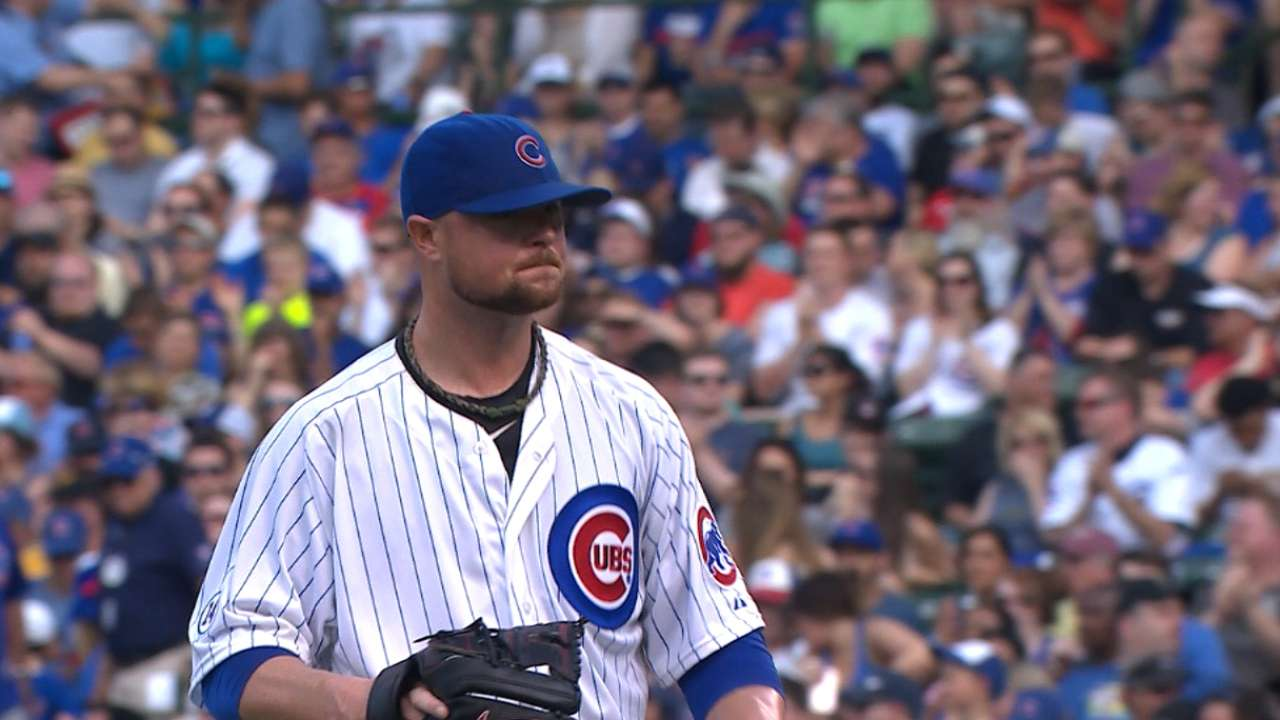 Lester holds Pirates to one run