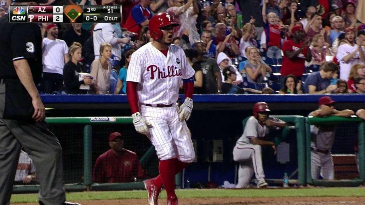 Phillies' offense leads way in win over D-backs