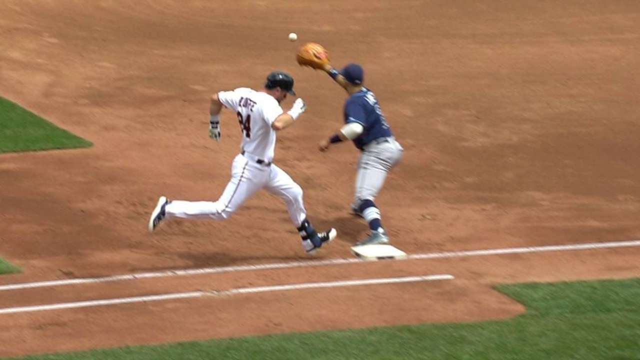 Rays' defense ends the frame