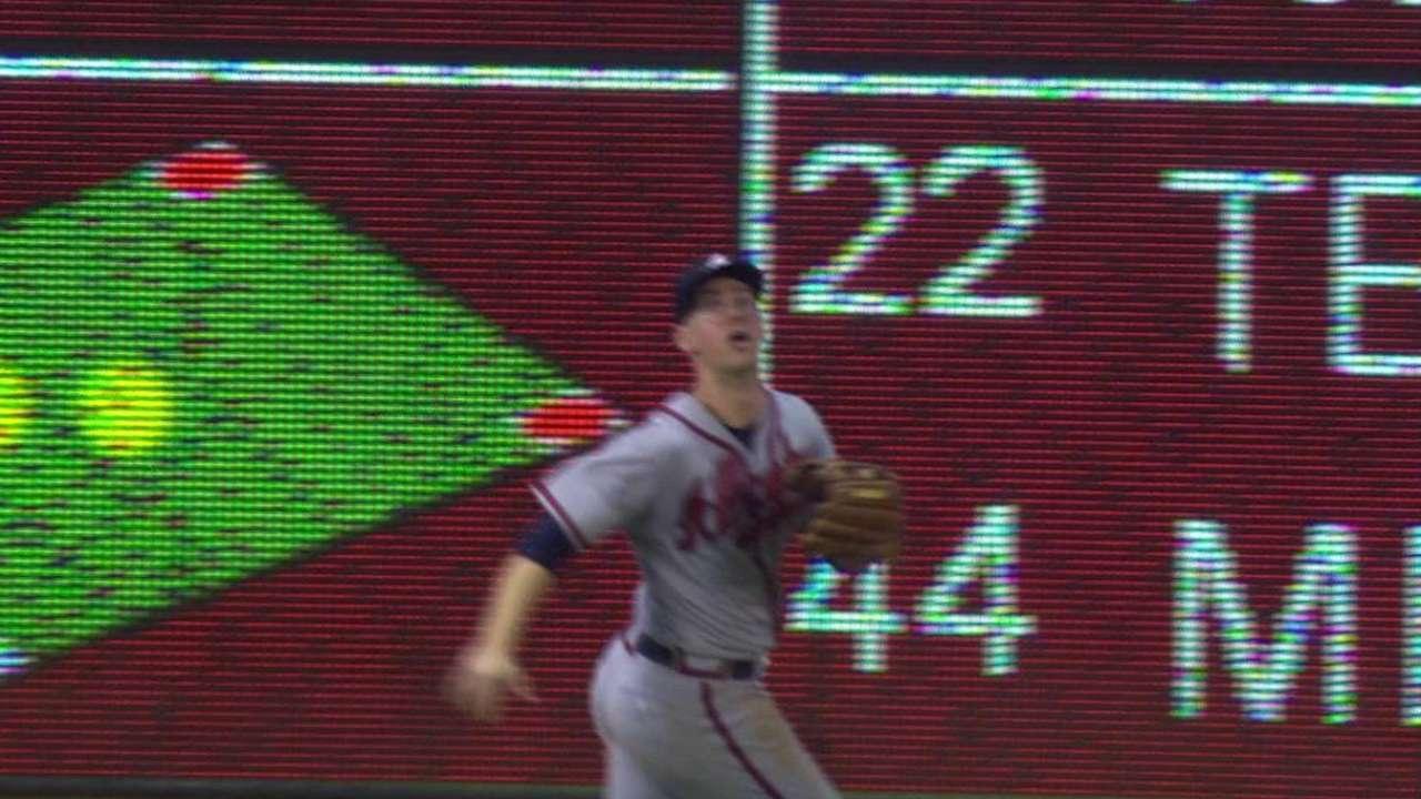 Cunningham's running catch