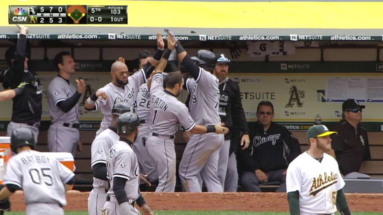 White Sox sweep A's, win fifth straight game