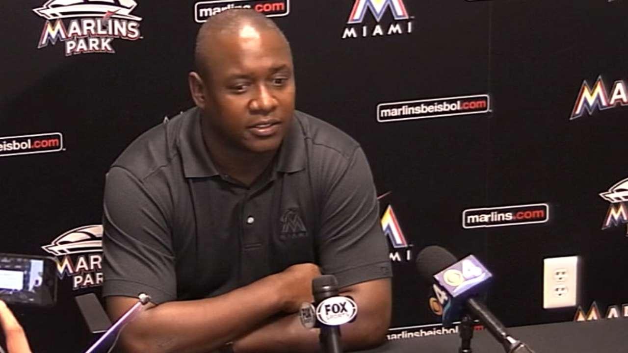 Marlins dismiss manager Redmond