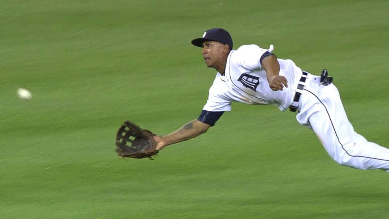 Gose's fine diving catch