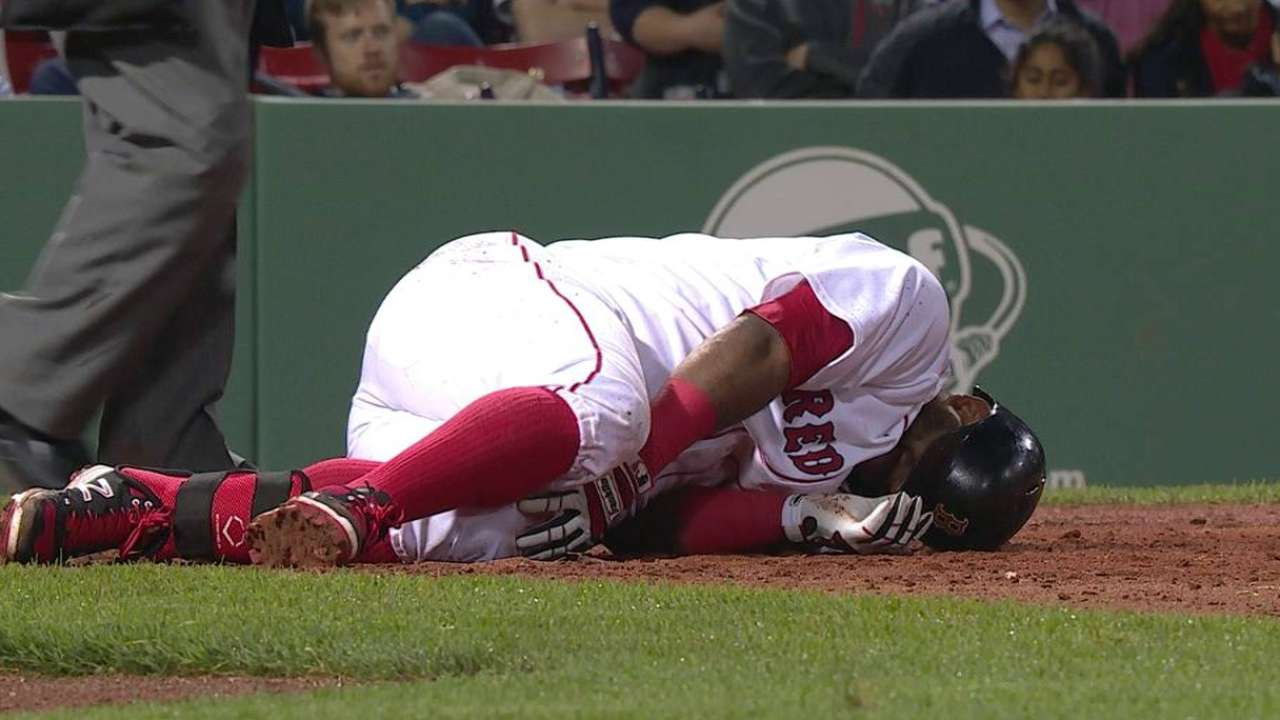 Sore knee keeps Sandoval out of lineup
