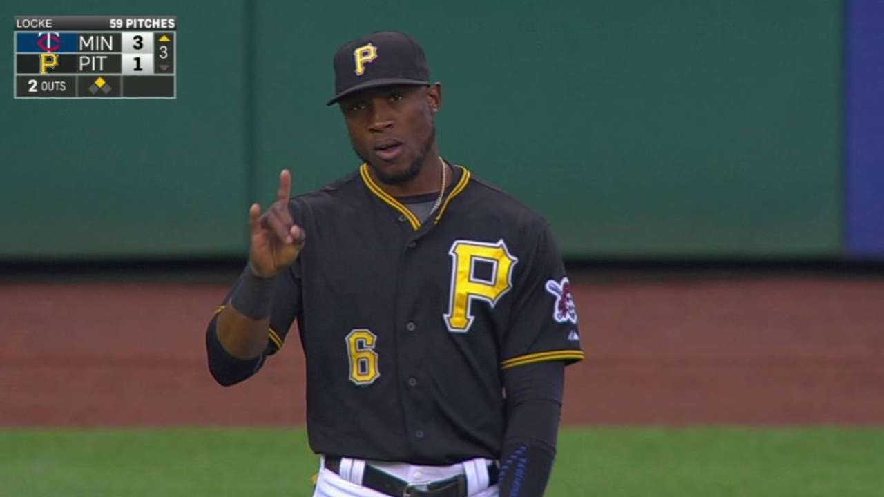 Marte throws out Plouffe