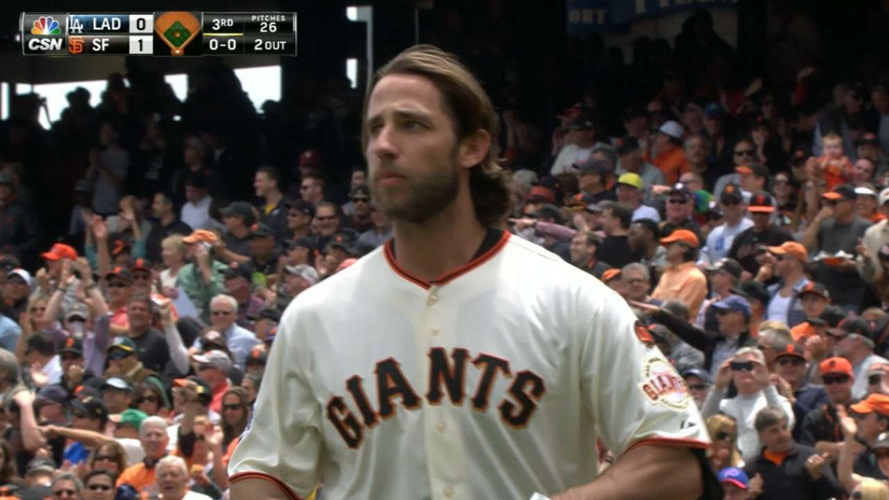 Double-threat MadBum, Giants sweep Dodgers