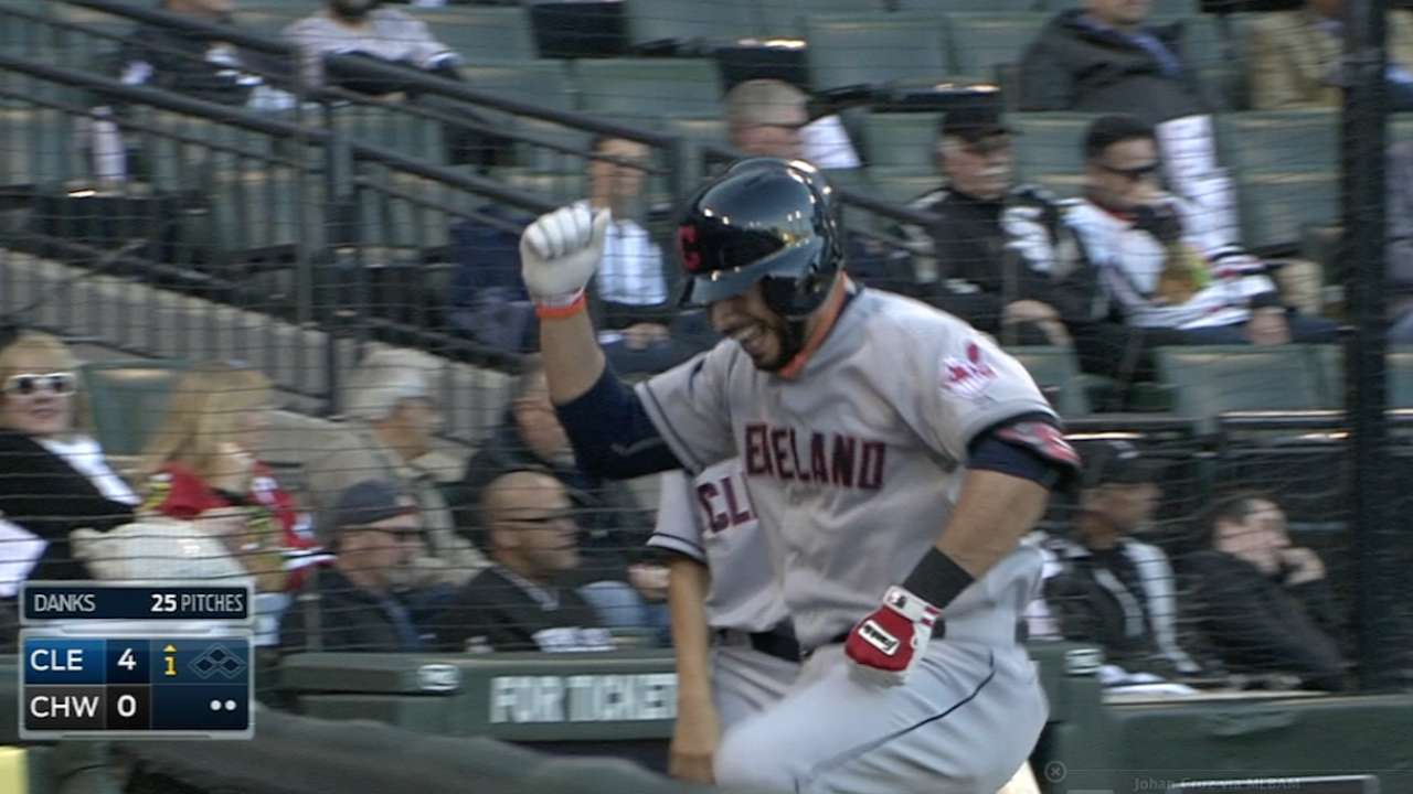 Indians shave heads to support Aviles' daughter