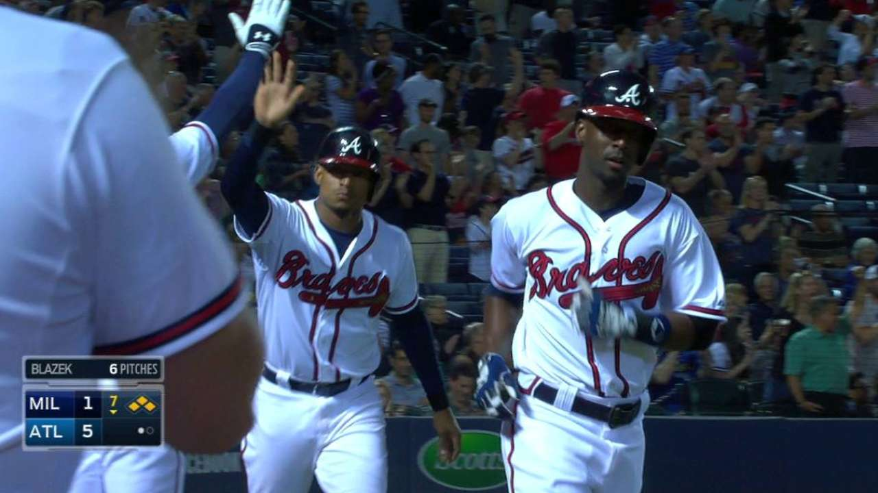 Braves pull away with seven-run 7th