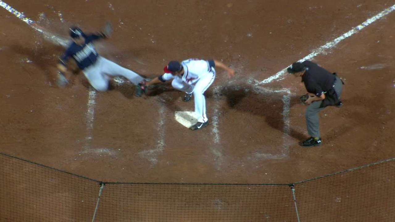 Pitchers struggle to hold off Brewers in rout