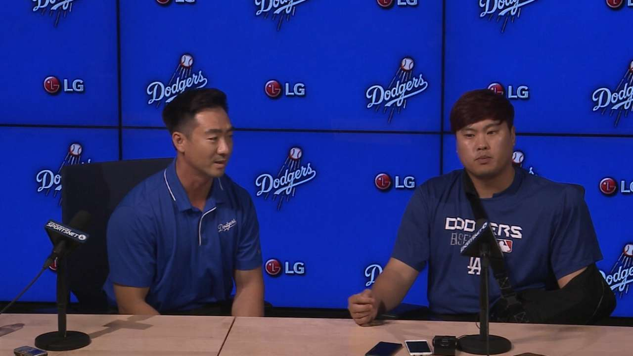 Ryu had pitched through shoulder issue since '12