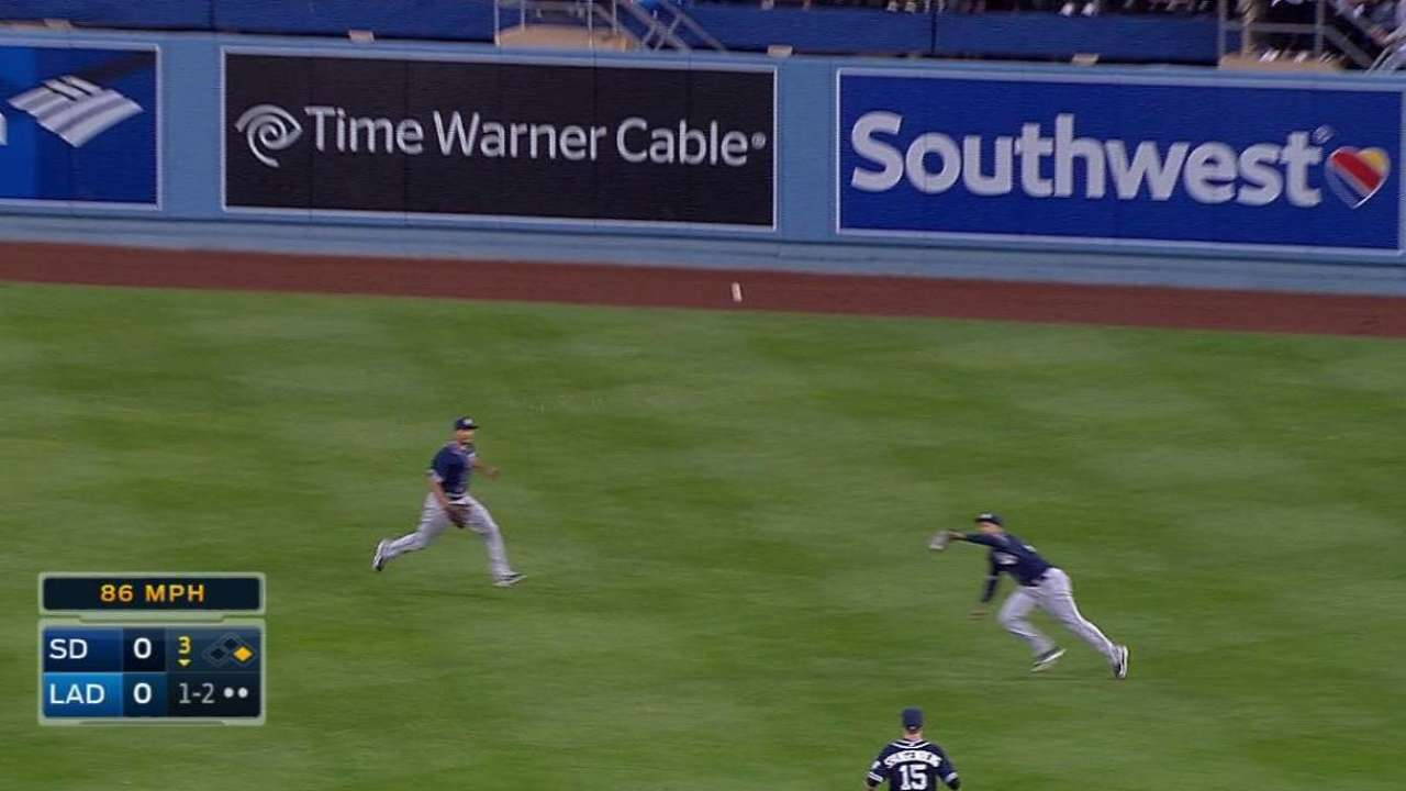 Kemp's diving catch