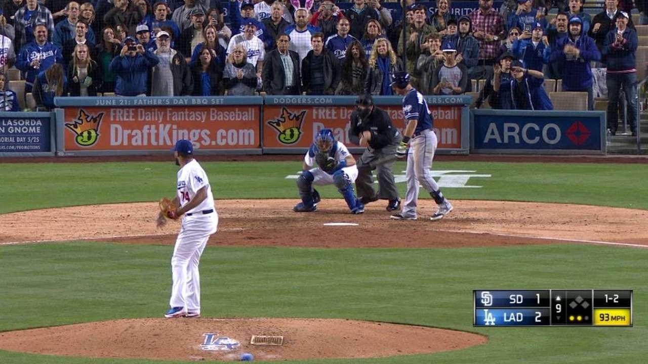 Greinke domina y guía a Dodgers sobre Padres