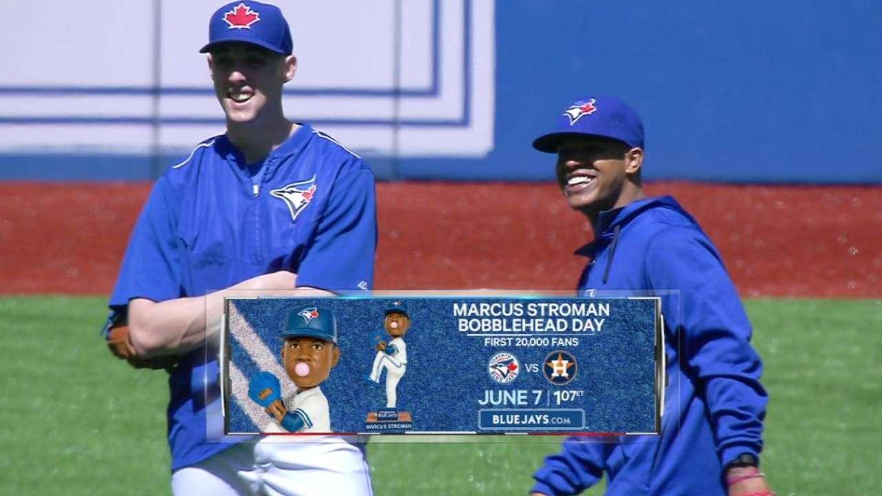 Mending Stroman visits teammates in Toronto