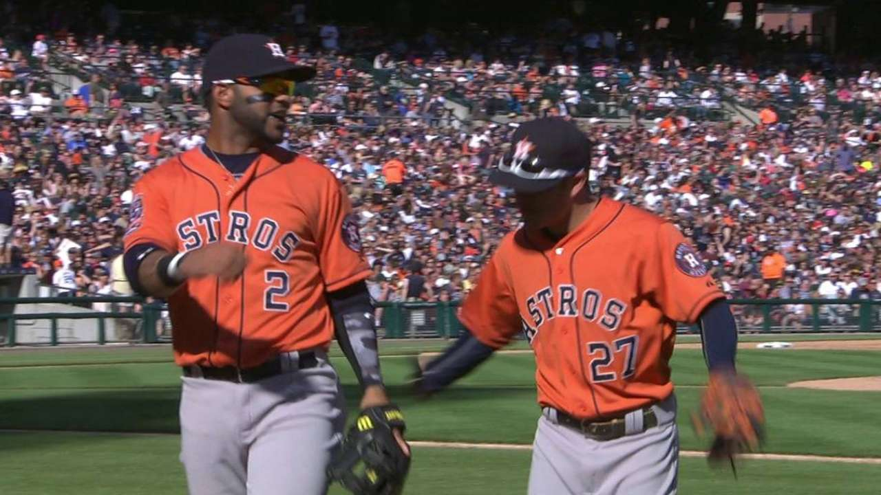 Astros halt Tigers behind McCullers, triple play