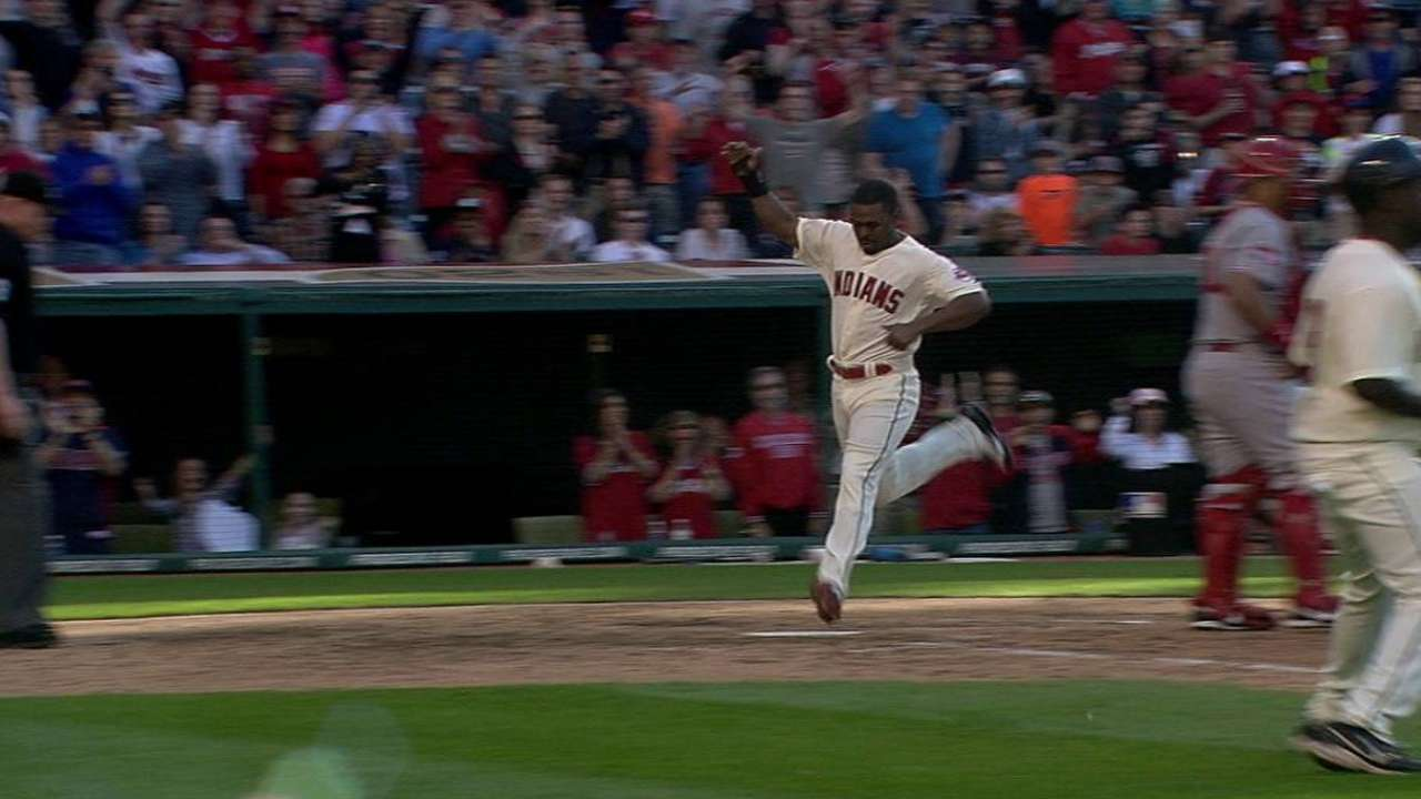 Indians rally to defeat Reds, win fifth straight
