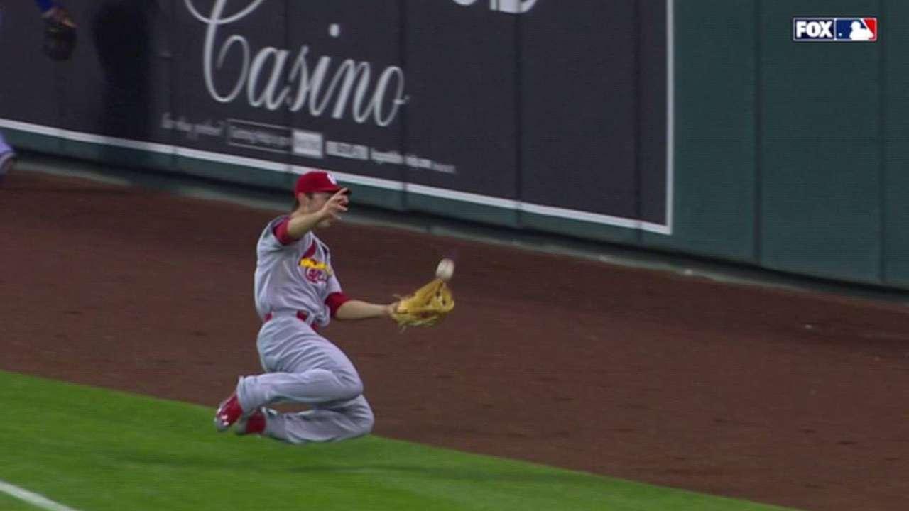 Grichuk's smooth sliding catch