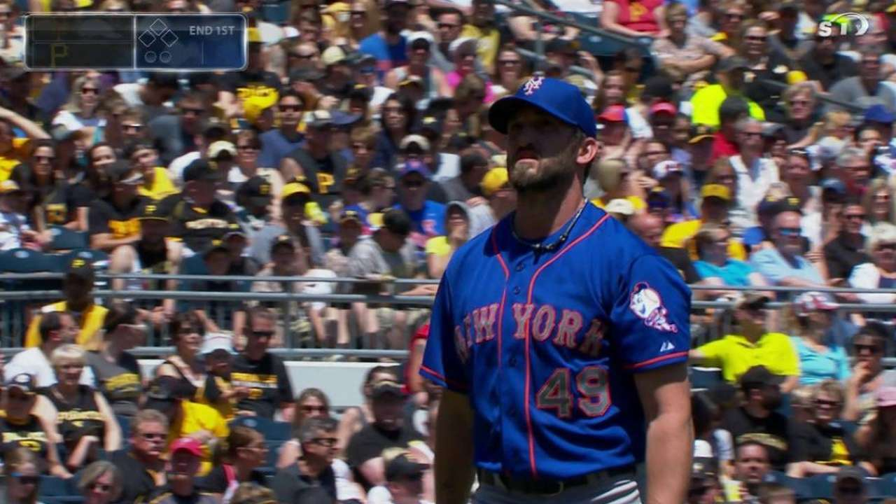 Niese stumbles in middle innings in loss to Bucs