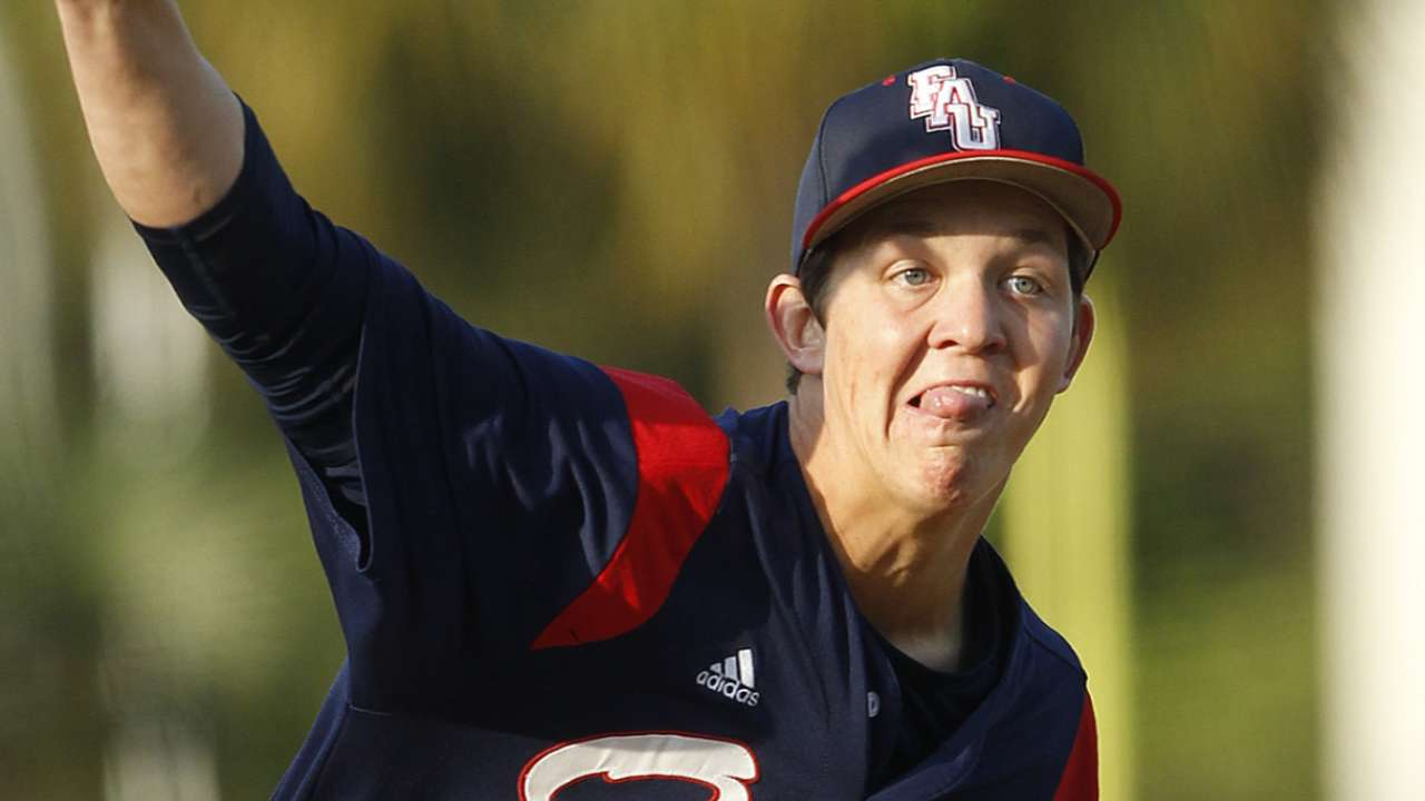Pirates focusing on college players in Draft