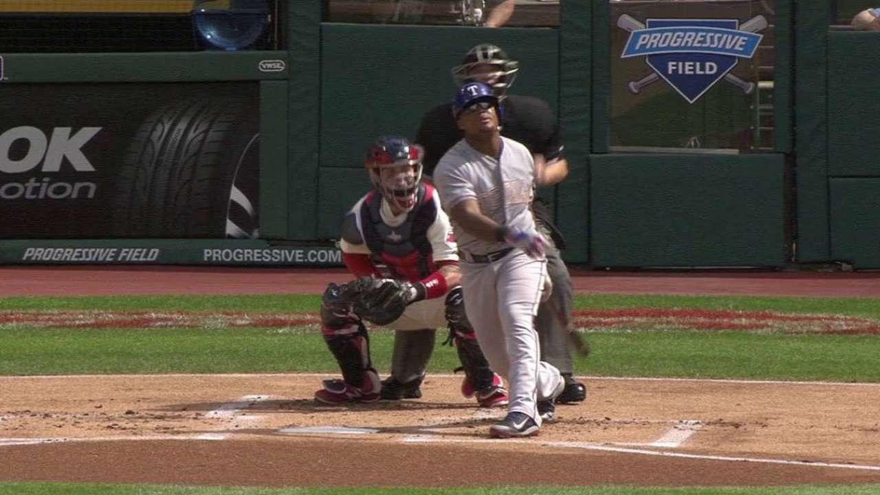 Beltre's back-to-back home run