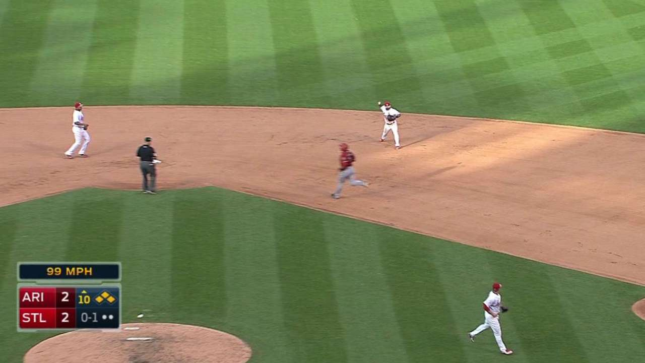 Rosenthal gets out of jam