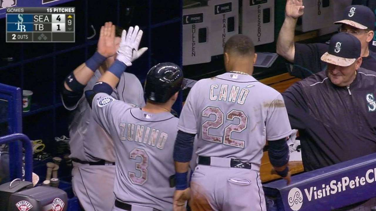 Mariners get the best of Rays in opener