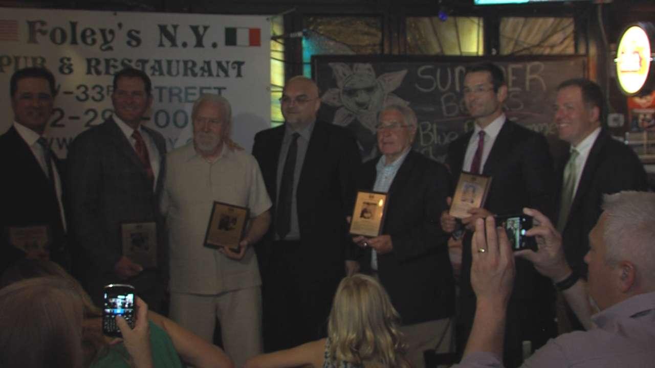 Sweeney dedicates Irish Baseball Hall induction to ailing father