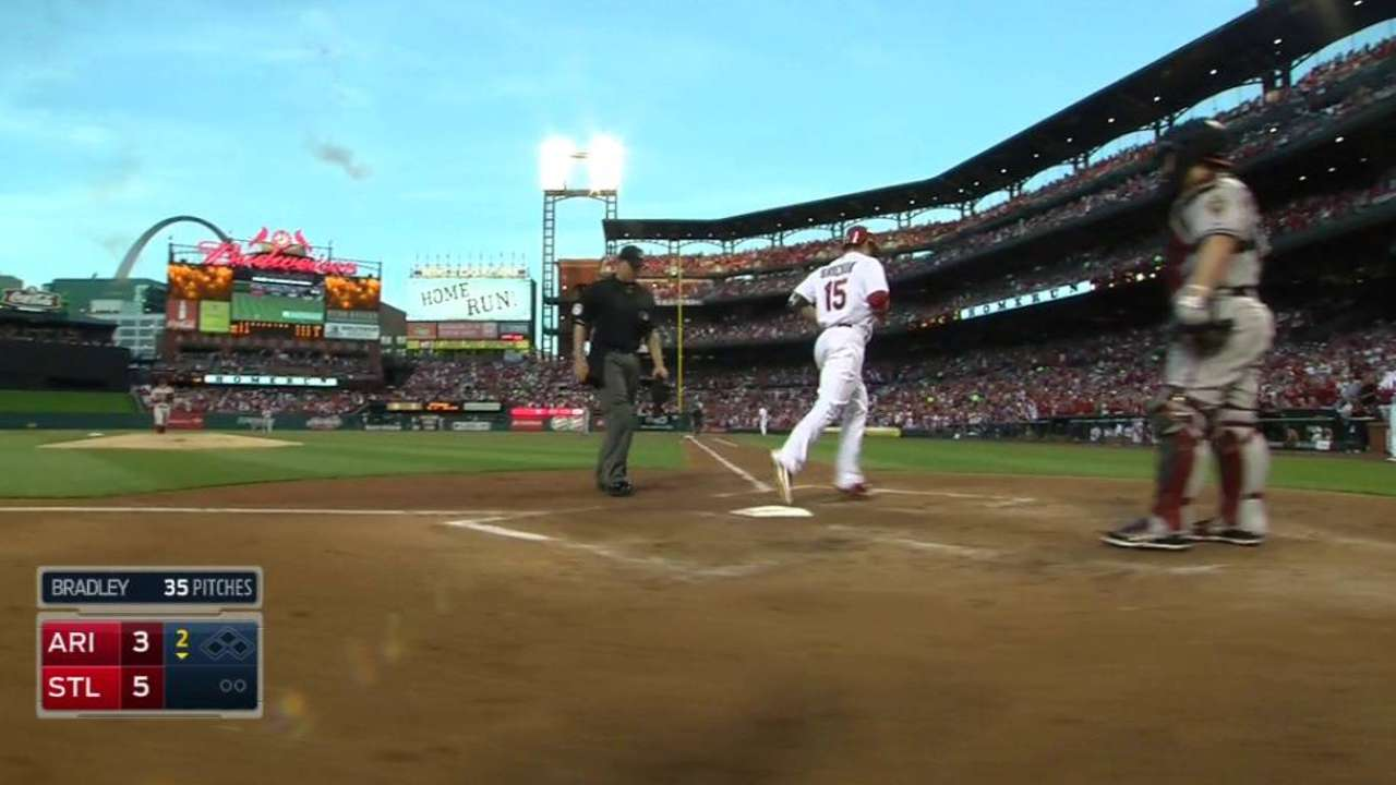 Cards ride early outburst past D-backs