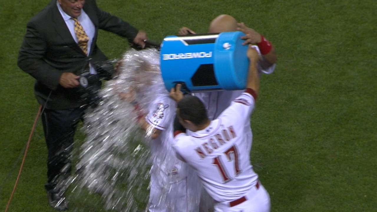 Reds shed weight of world with walk-off win