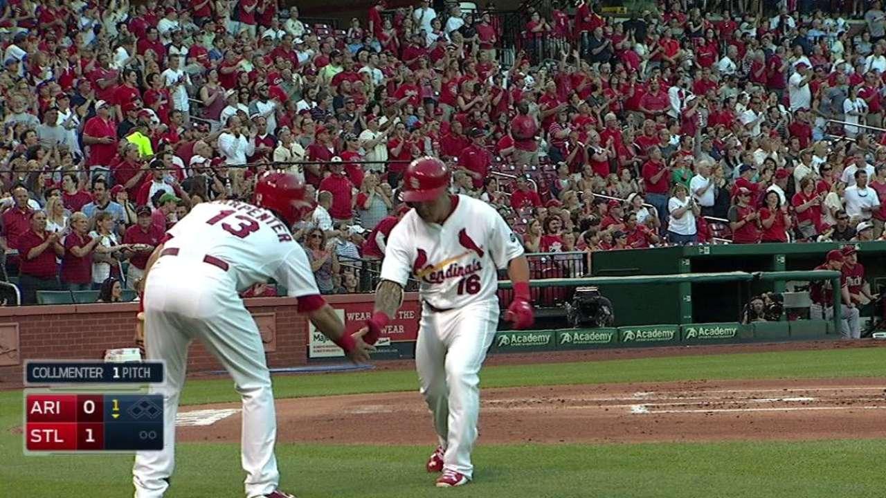 Wong's leadoff homer
