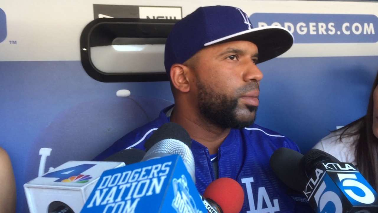 Uribe trade shakes up Dodgers' roster