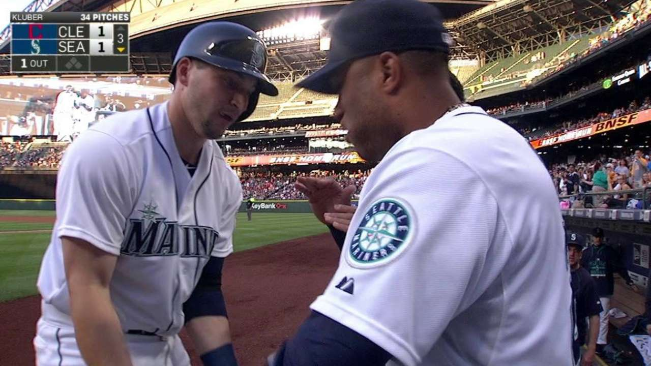 Mariners come up short as Kluber fans 13