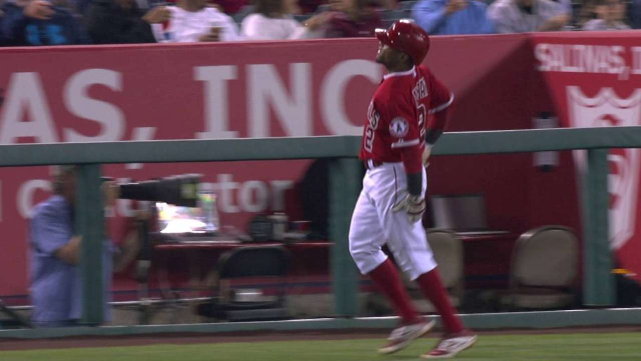 Aybar injured on RBI bunt