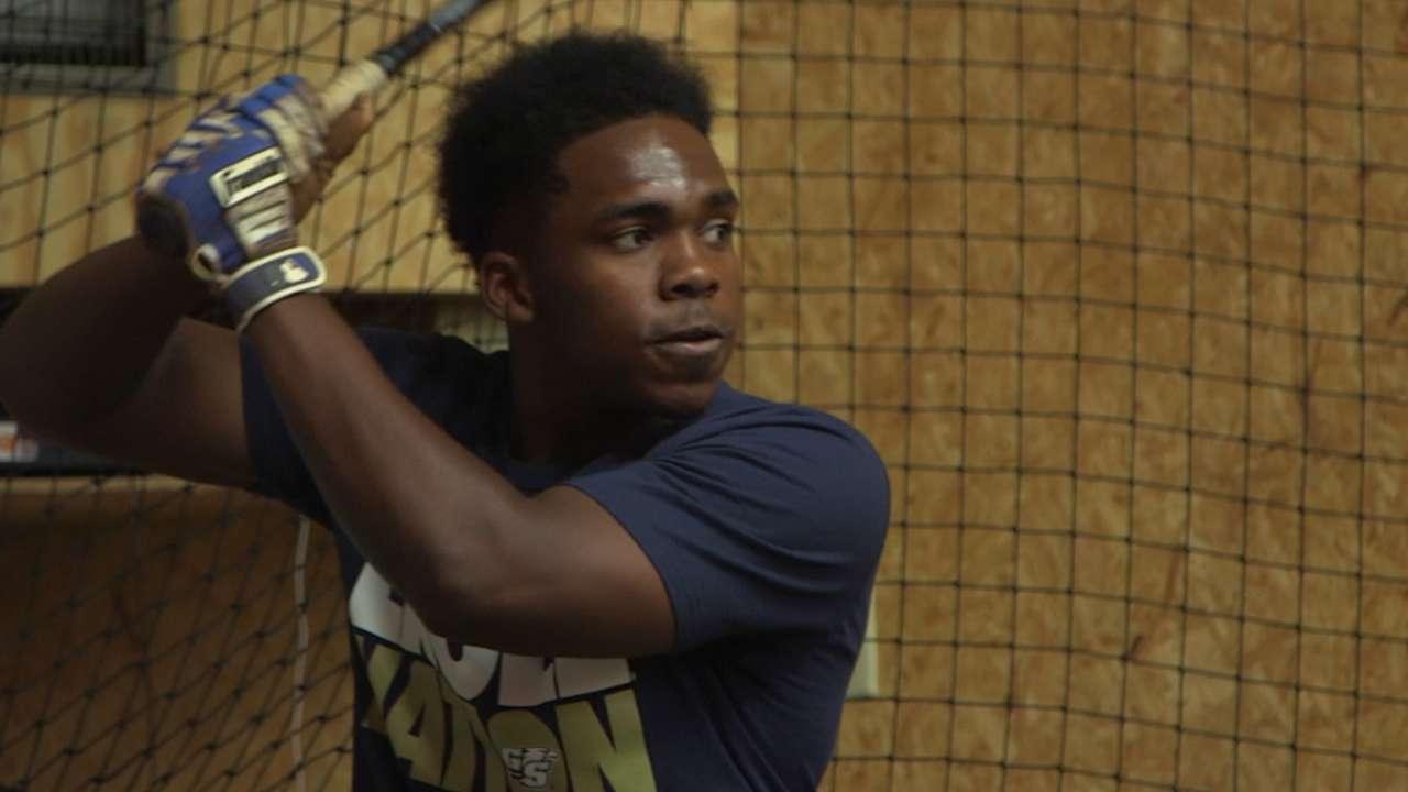 Baseball brings Byrd, inspirational teen together