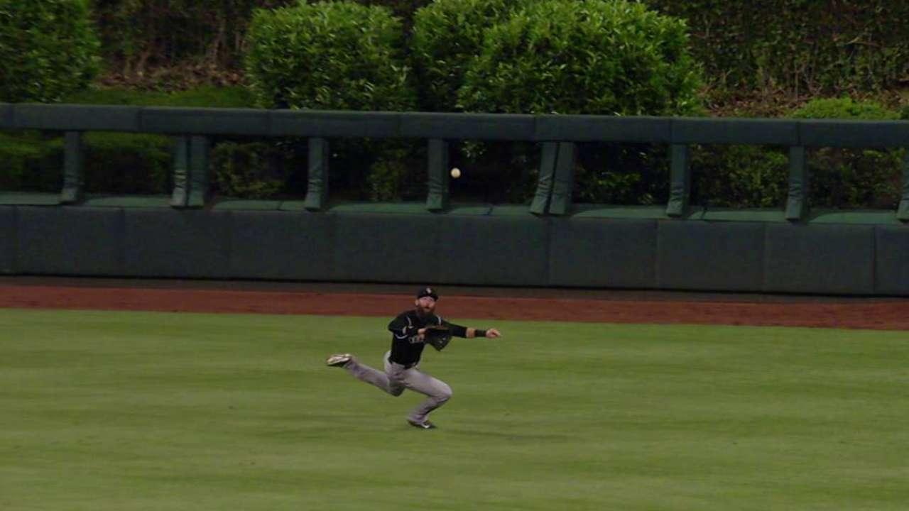 Blackmon's sliding grab
