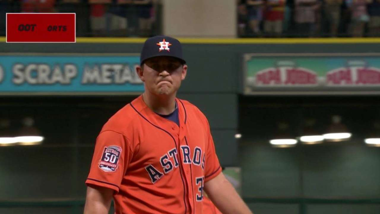 Astros' bullpen has uncharacteristic off-night